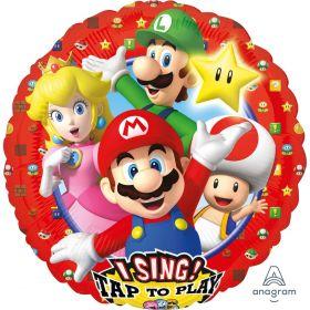 rundt folieballong med bilde av Mario, louigi, prinsesse leia, tod og stjernen serntralt og glad plassert midt på med lyseblått som bakgrunnsfarge. ytterst på ballongen er det rødt med bilde av enda flere kjente ikoner fra supermario