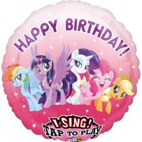 """Rund, rosa ballong med hvite stjerner, lilla skrift med """"happy birthday"""" og ikke minst fem my Little pony karakterer sentralt plassert midt på ballongen som smiler av glede med sine farger"""