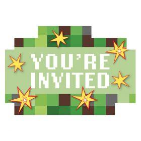 Minecraft invitasjoner med grønne toner og hvit tekst you´re invited med 6 små eksplosjoner i hvit, gul og rød rundt om på kortet, konvolutten er også i grønt med eksplosjonsdetaljer
