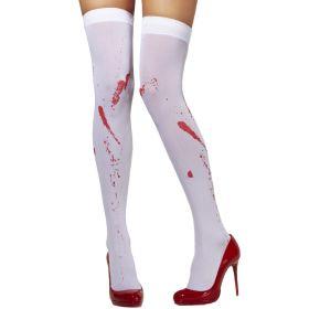 Hvite strømper med blodflekker