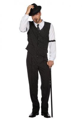 stripete vest i mørk grå med matchende bukse, hvit skjorte og to gangster merker på begge skjorteærer