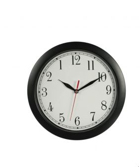 klokke med sort ramme, hvit bakgrunn, sorte tall, minutt- og timeviser. rød sekundviser og hvit/lys grå bakgrunn