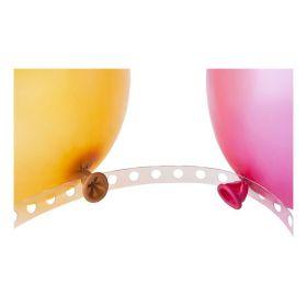gjennomsiktig ballongtape på lang strimmel med hull hver sentiment. kan klippes kortere eller justeres etter ønske