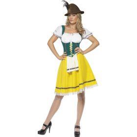 Bilde av en dame ikledd Gul og Grønn tyrolerkjole. Gul kjole med en hvit blondekant på skjørtet, grønn korsett med gul knyting, påsydd hvitt forkle og en innsydd hvis bluse.
