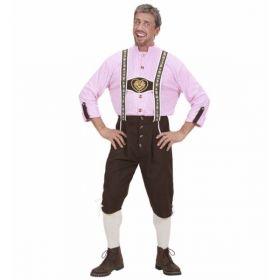 Bilde av en mann i Bavarian Mann kostyme. Rosa og hvitrutete skjorte og en brun tyrolerbukse med broderier.
