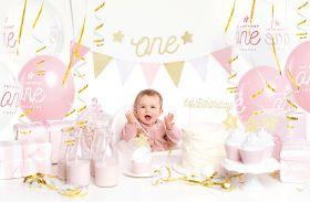 matchende bursdagssett for 1års dag i tema rosa, hvit og gull