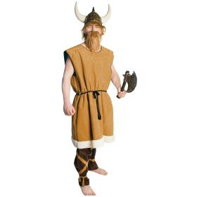 Bilde av en mann i Viking Tribal Chief kostyme. Brun tunika med hvit kant, sort trådbelte og brune leggbeskyttere med beige knyting.